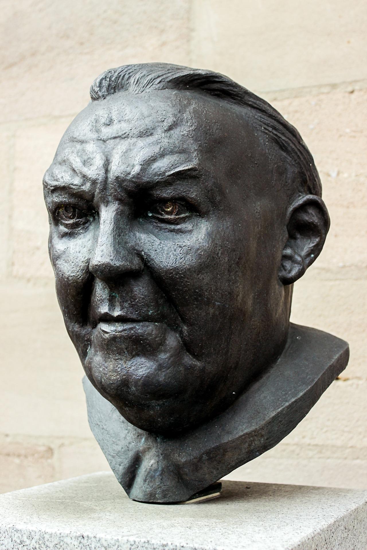 Bust of Ludwig Erhard