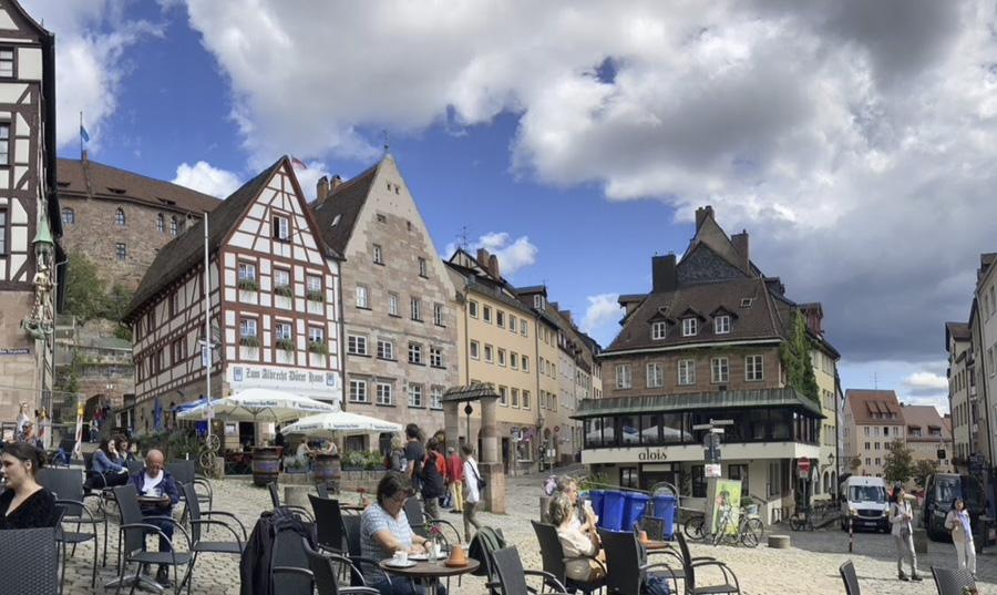 Tiergartnertorplatz, Nuremberg