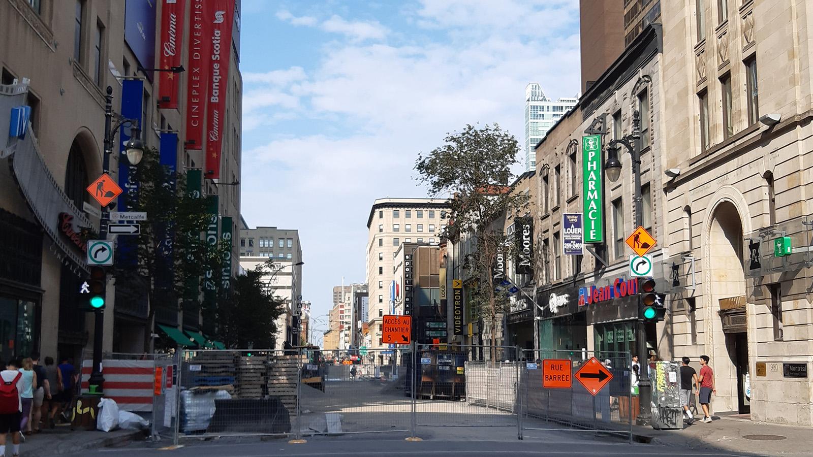 Montreal, Saint-Catherine St. and Metcalfe